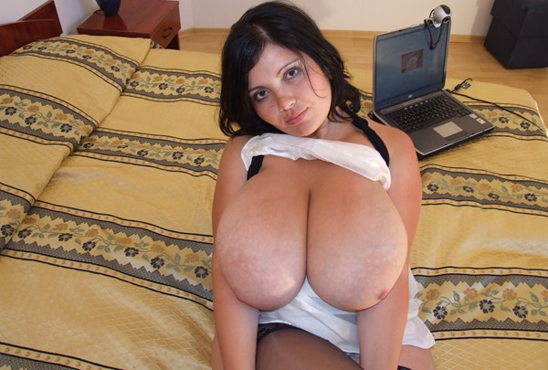 alicia-loren-all-natural-juggs